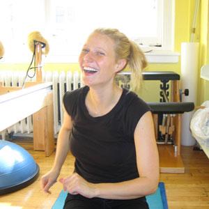 Gwyneth Paltrow pilates