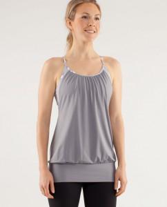 Outfit da Pilates top grigio
